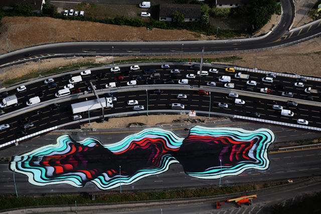 Take A Look At This Optical Illusion Street Art On A Paris Highway - Incredible optical illusion street art 1010