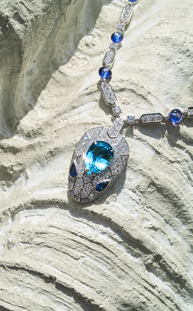 Buro. birthstone: What makes March's aquamarine shine so bright (фото 2)