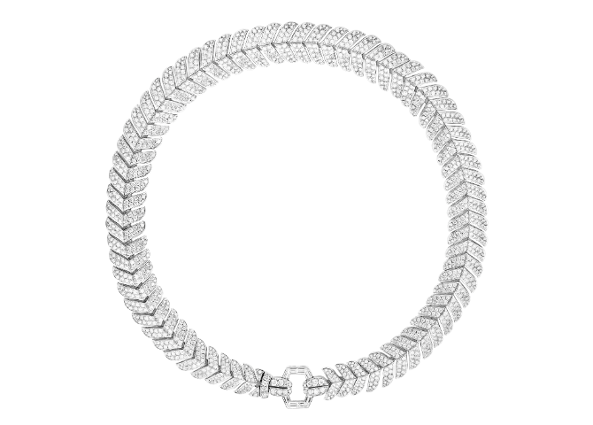 This new Timeless High Jewellery collection is adorned with Boucheron's signature codes (фото 5)