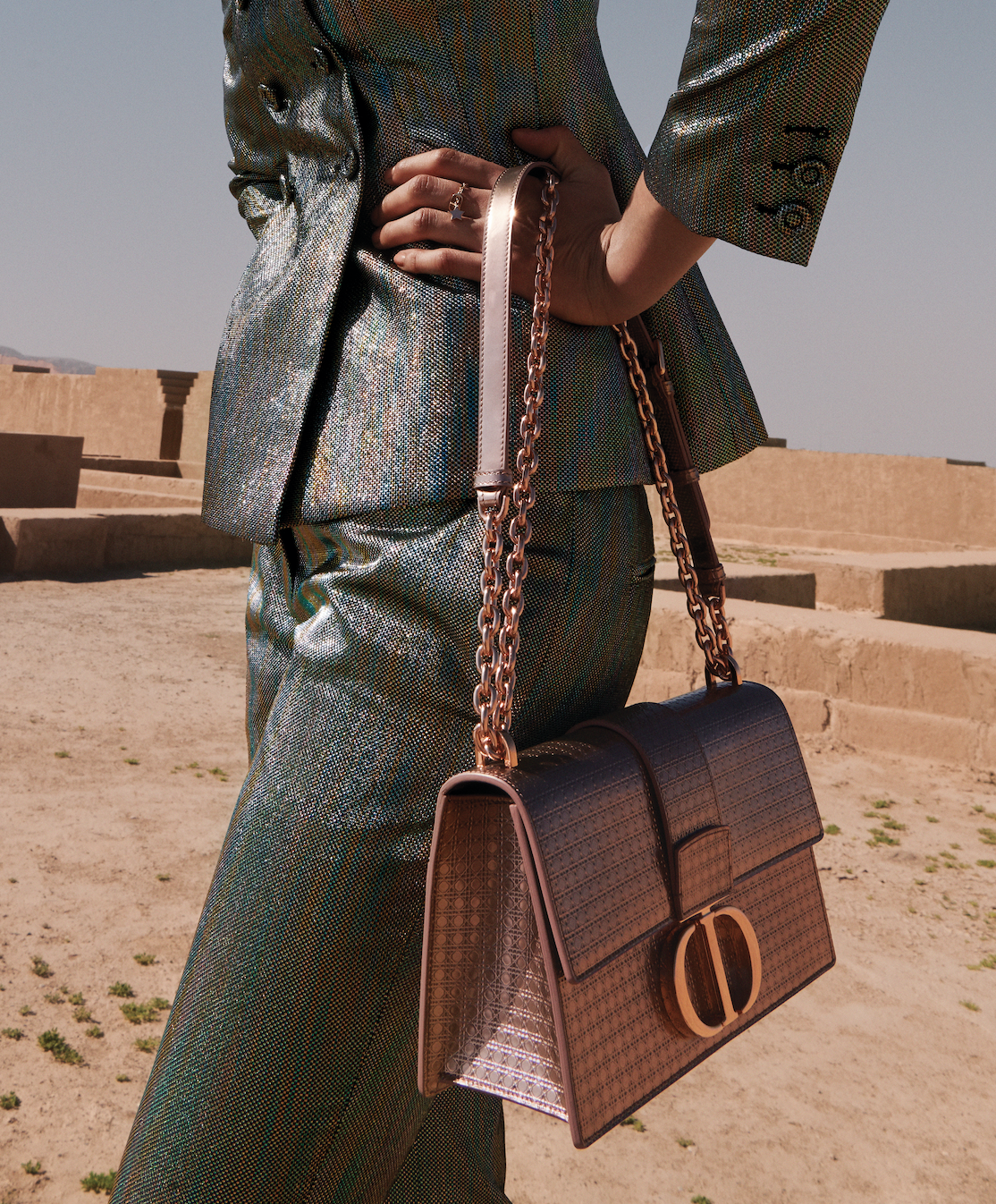 Dior unveils a new capsule collection exclusively for the Middle East (фото 2)