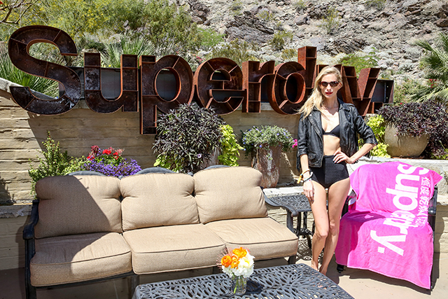 Poppy Delevingne hosts Superdry brunch at Coachella (фото 2)