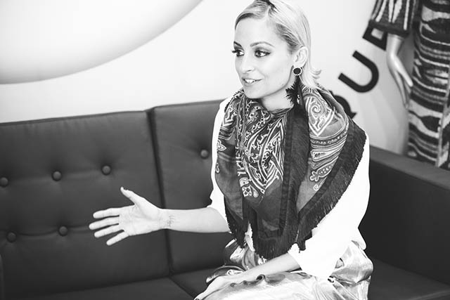 HOLLY INTERVIEW WITH NICOLE RICHIE