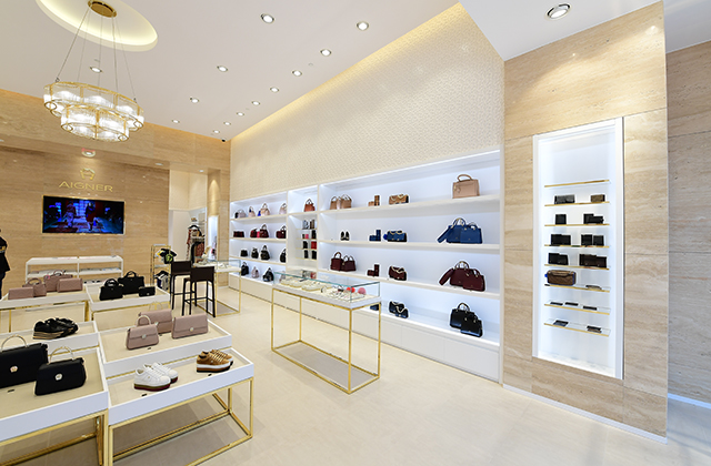 Aigner opens a new boutique in Kuwait (фото 4)