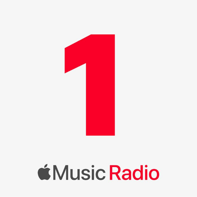 Apple announces the launch of Apple Music radio (фото 1)