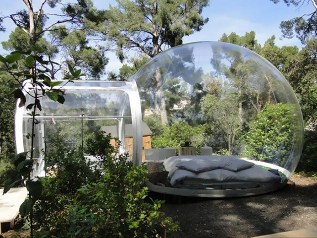 The Attrap'Reves Bubble Hotel in France