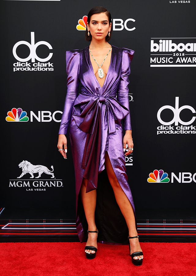 The best red carpet arrivals from the 2018 Billboard Music Awards (фото 2)