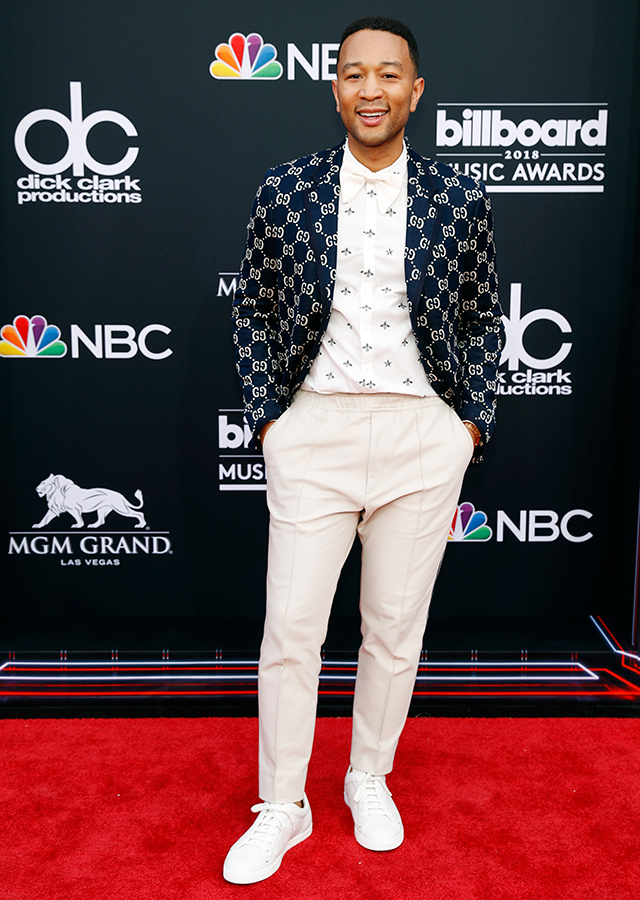 The best red carpet arrivals from the 2018 Billboard Music Awards (фото 6)