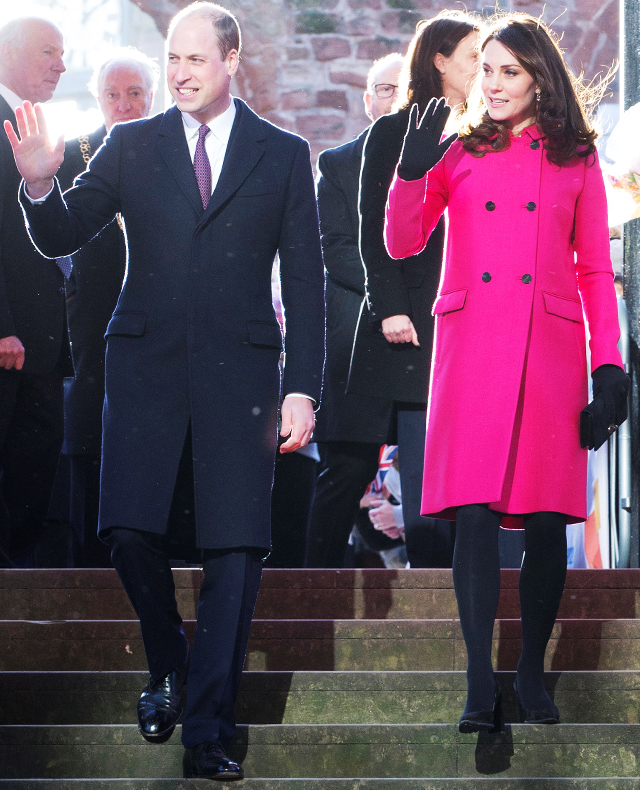 Coventry welcomes Prince William and Kate Middleton on a royal visit (фото 3)