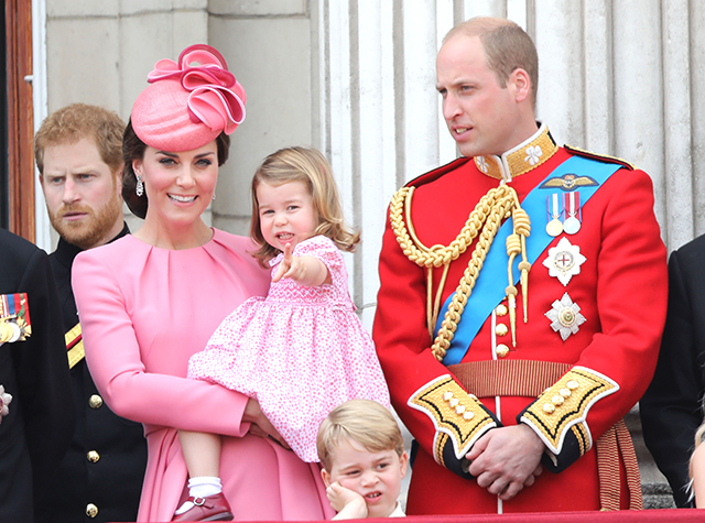 British royals celebrate Trooping the Colour parade (фото 1)