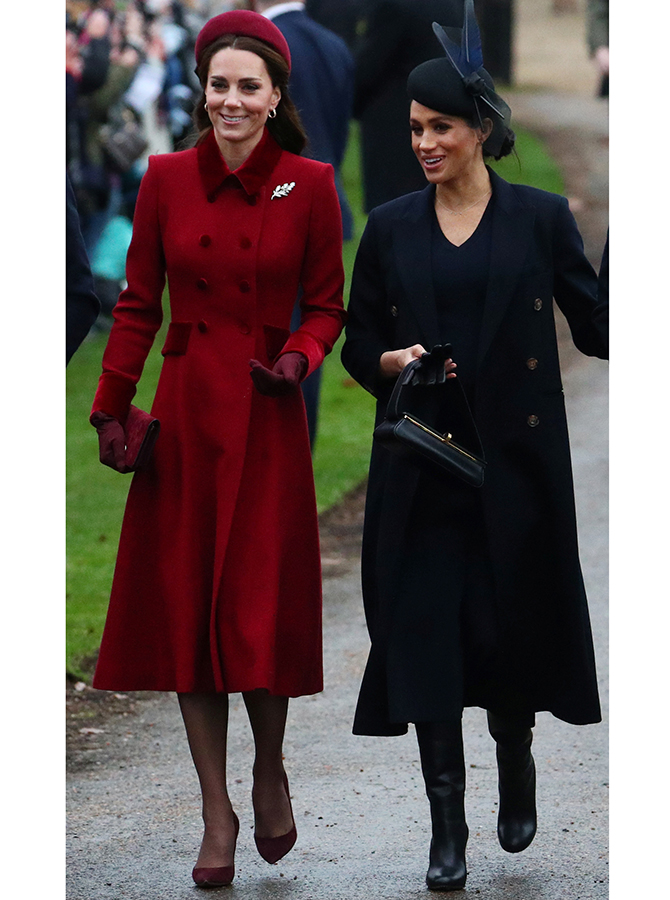 Meghan Markle attends her first Christmas Day Service as Duchess of Sussex (фото 2)