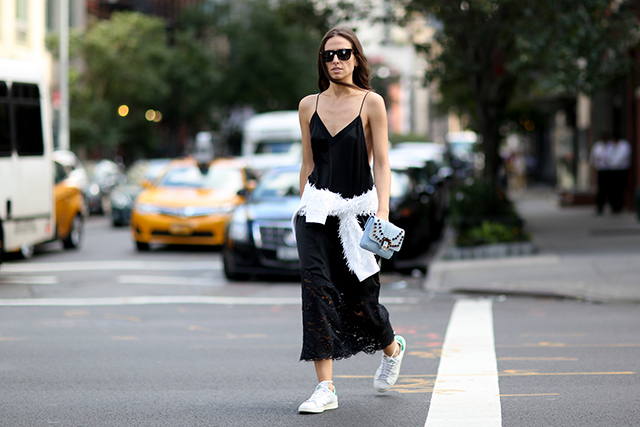 New York Fashion Week SS15 Street Style: Part IV (фото 16)