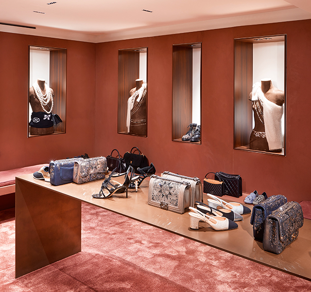 First look: Chanel's Courchevel boutique (фото 7)