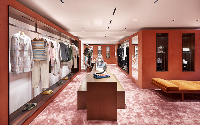 First look: Chanel's Courchevel boutique (фото 3)