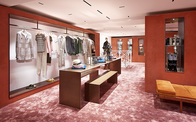 First look: Chanel's Courchevel boutique (фото 4)