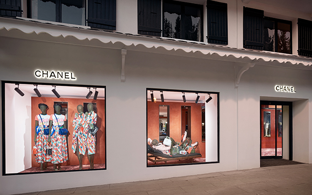 First look: Chanel's Courchevel boutique (фото 2)