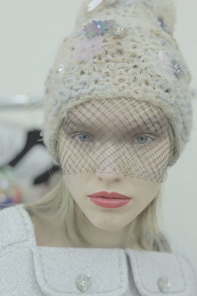 Backstage beauty Chanel Couture show