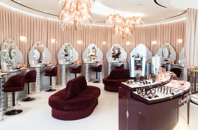 Now open: Charlotte Tilbury launches world's largest store in Kuwait (фото 2)