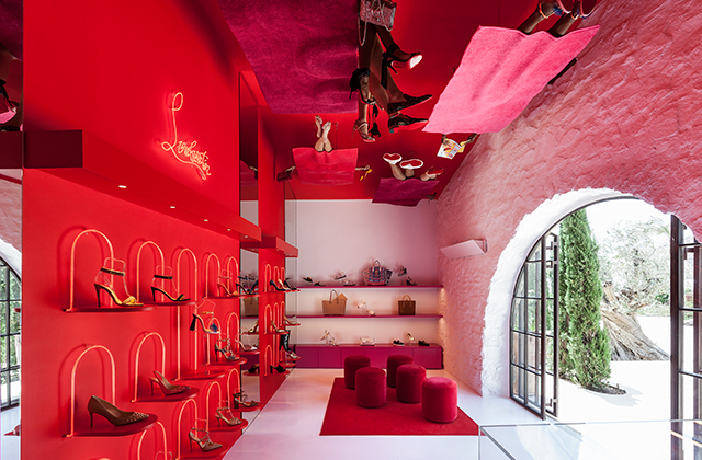 Six luxury fashion pop-up stores to visit this summer (фото 1)