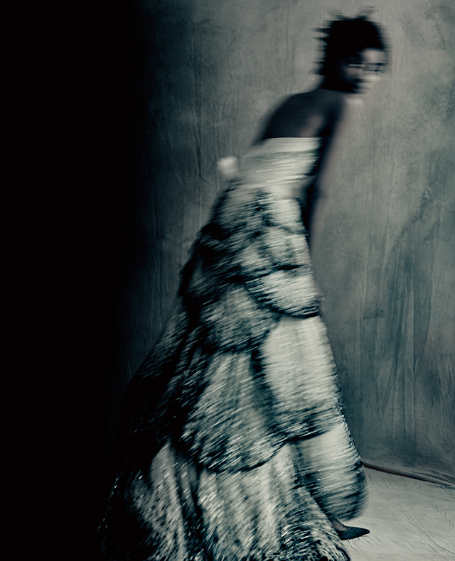 Here's why you need to get your hands on the new Dior Images: Paolo Roversi book (фото 6)