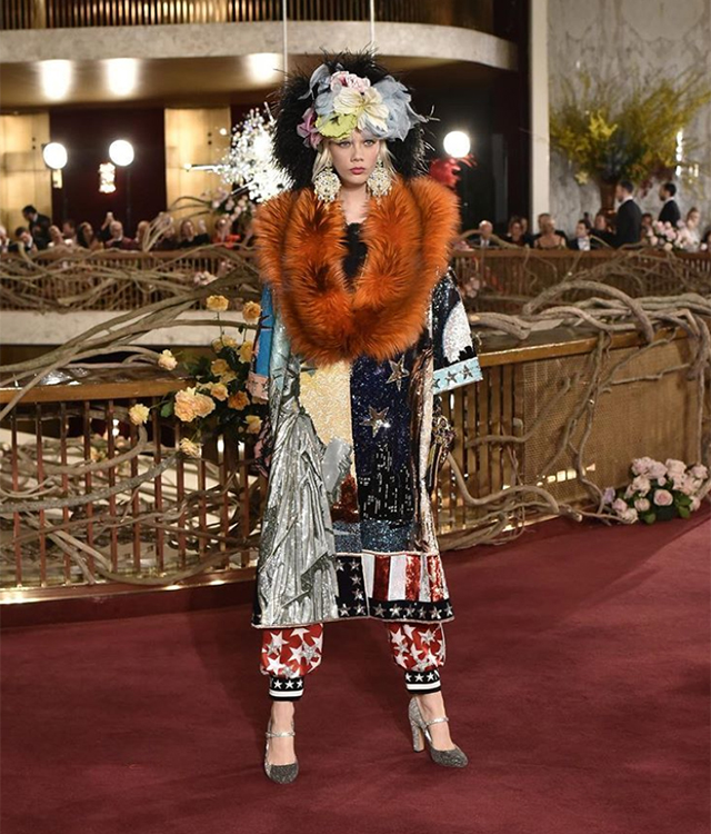 Dolce & Gabbana host world's most extravagant runway presentation in New York (фото 7)