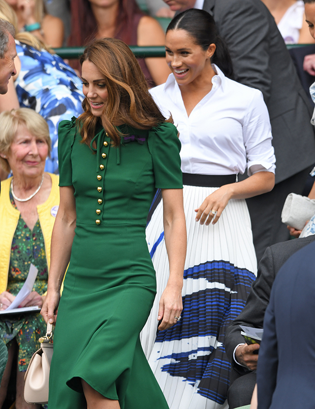 Kate and Meghan have arrived to watch Serena Williams at Wimbledon (фото 1)