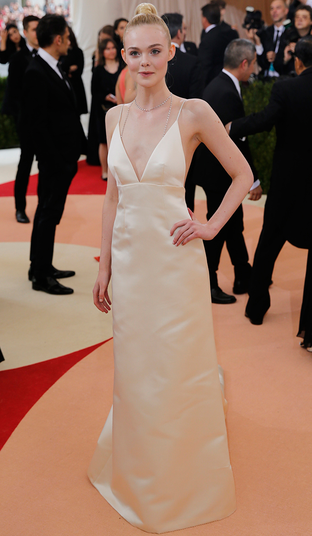 Elle Fanning accessorised with Tiffany jewels