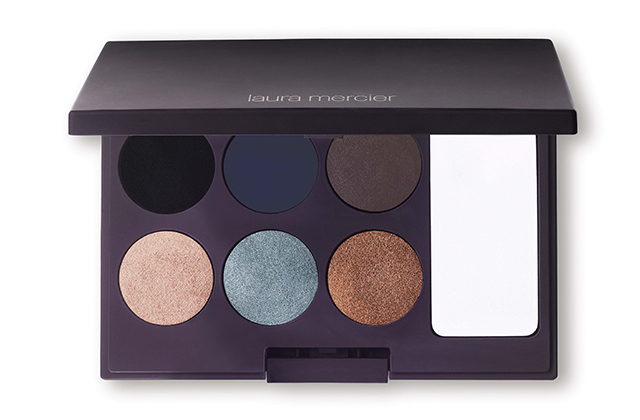Must-have: Three signature eyeshadow palettes
