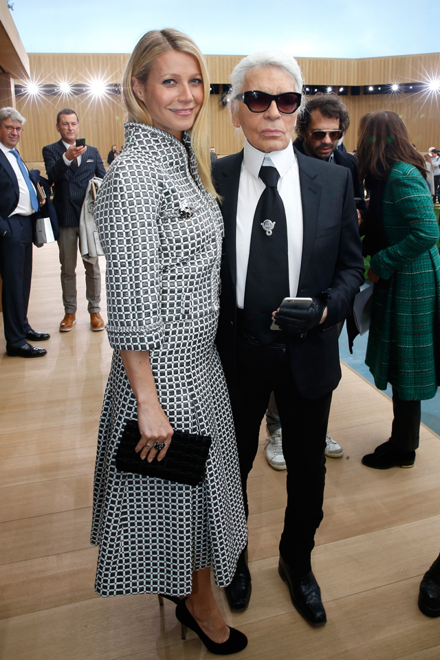 Gwyneth Paltrow and Karl Lagerfeld Chanel Couture SS16