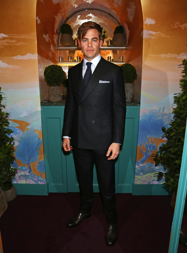 The Charles Finch And Chanel Pre-BAFTA Party (фото 2)