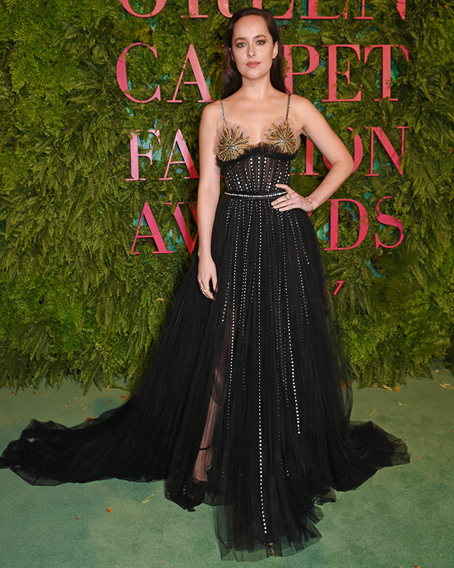 Inside the 2017 Green Carpet Fashion Awards (фото 2)