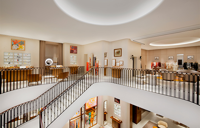 Open now: Hermès strengthens its presence in Kuwait with a new store (фото 3)