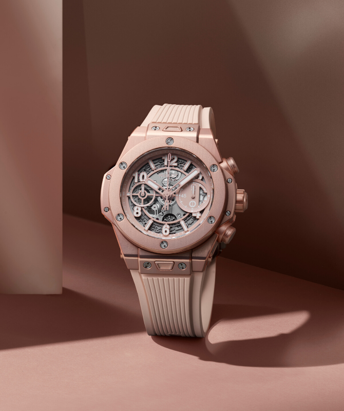 Hublot launches its Big Bang in millennial pink (фото 2)