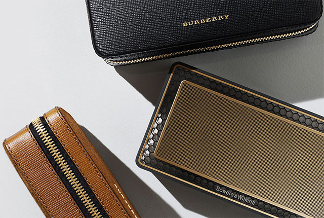 Bowers & Wilkins T7 Gold Edition for Burberry