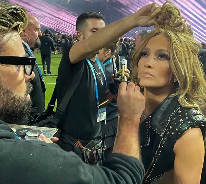 Recreate Jennifer Lopez's Super Bowl beauty look (фото 2)