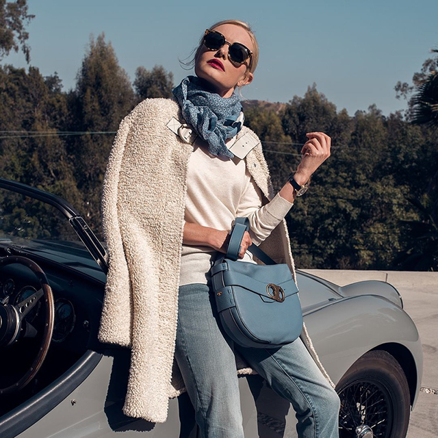 Kate Bosworth takes on Tory Burch's Gemini Link (фото 3)