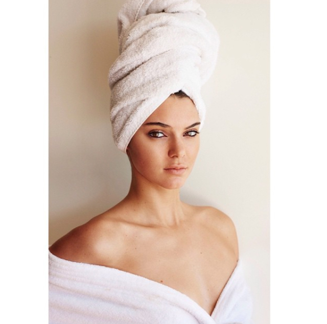 Mario Testino's Towel Series produces 100 portraits (фото 7)