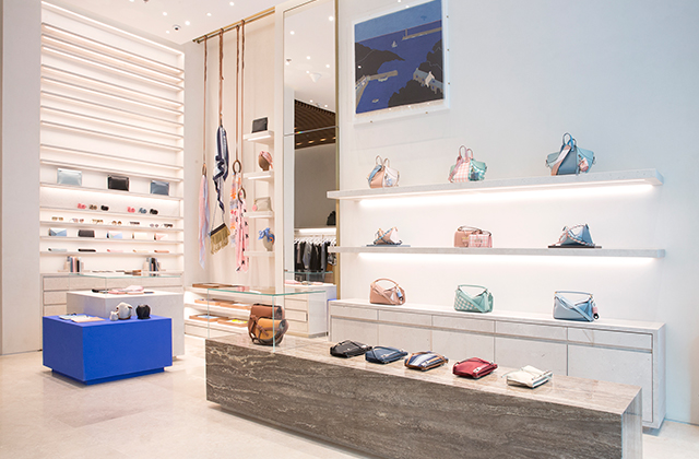 61ff2337c64 Loewe opens new store in The Dubai Mall extension