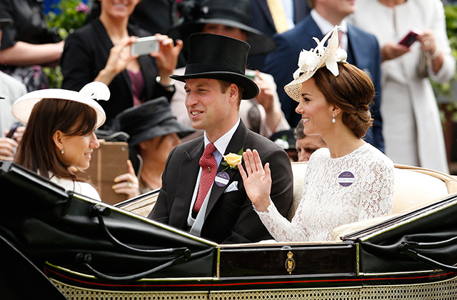 The Duke and Duchess of Cambridge celebrate seventh wedding anniversary (фото 5)