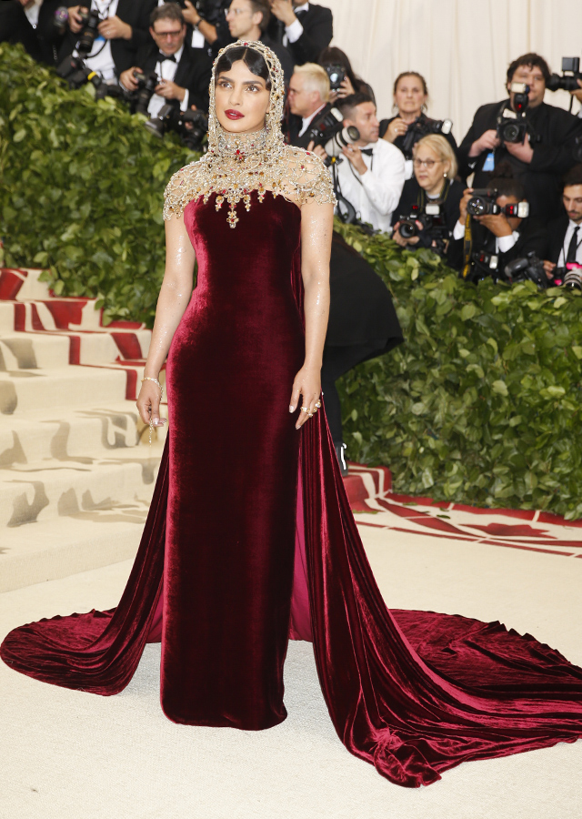 The 2018 Met Gala: Red carpet arrivals (фото 27)
