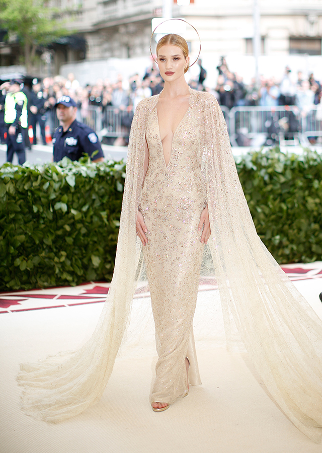 The 2018 Met Gala: Red carpet arrivals (фото 17)