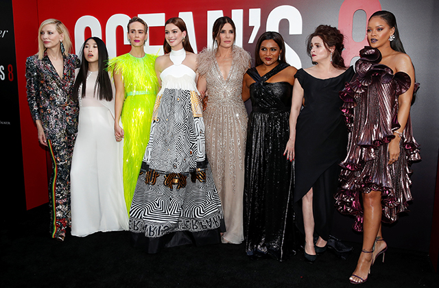 The 'Ocean's 8' world premiere in New York City was a stylish sisterhood affair (фото 1)