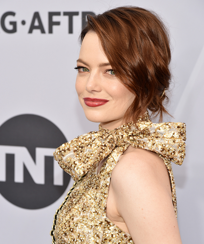 The 2019 Screen Actors Guild Awards: Best beauty looks (фото 2)