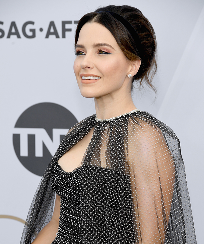 The 2019 Screen Actors Guild Awards: Best beauty looks (фото 6)
