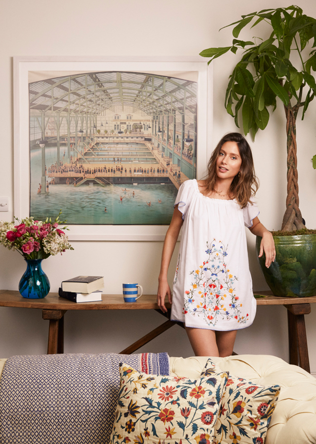 Tory burch at home with jemima jones and sabine getty for Buro savannah
