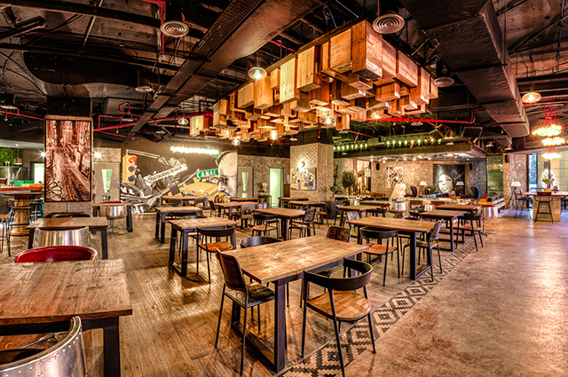 Dubai 39 s new jbr foodie spot tribeca kitchen bar buro 24 7 for Buro restaurant