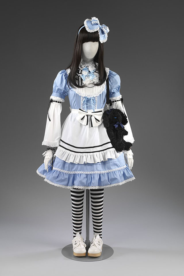 London's V&A Museum announce Alice in Wonderland exhibition