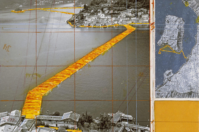 Floating Golden Fabric Piers Installation in Italy