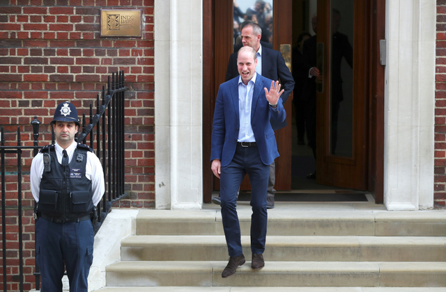 Prince William leaves the hospital to pick up Prince George and Princess Charlotte