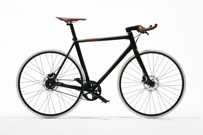 Hermès launches a carbon bicycle