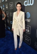 Rachel Brosnahan dressed in Carolina Herrera